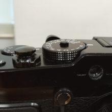 使ってみると快適なカメラのシャッターボタン