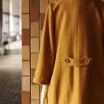 コクーンシルエットのコート