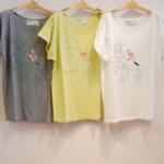 バード刺繍プリントカットソー|isato