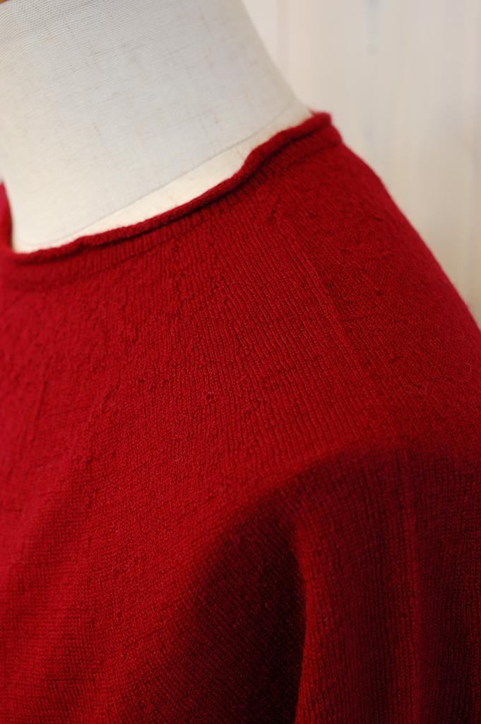 18N201-Red