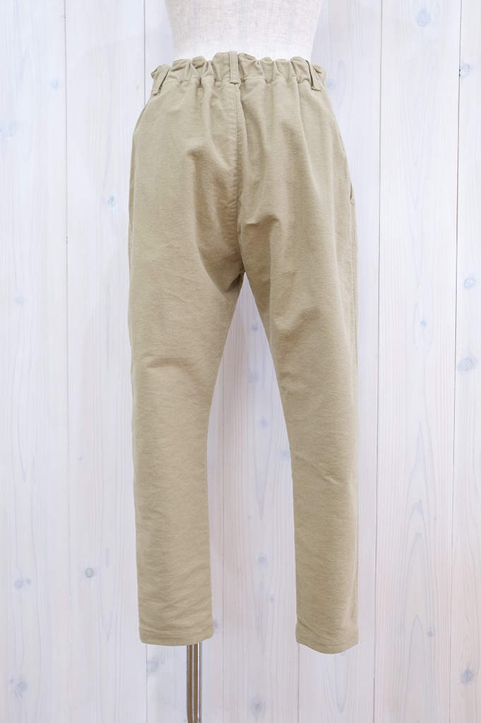 20P211-beige