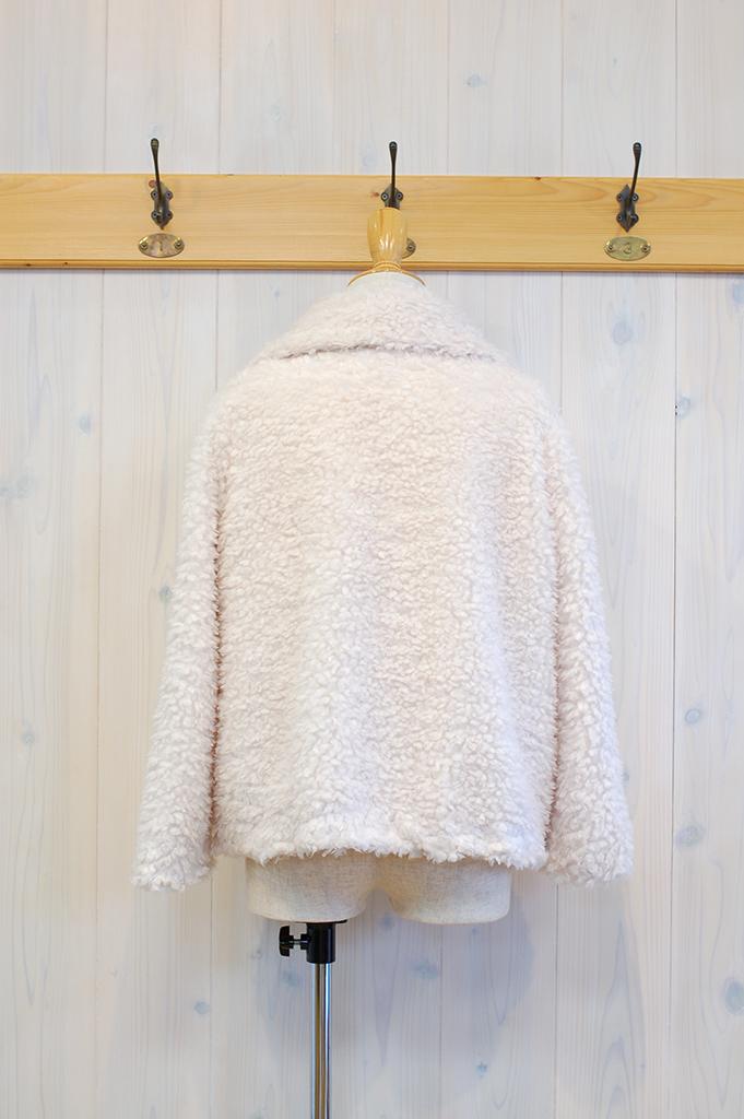8351980-White